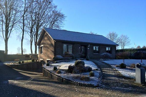 Casa de vacaciones en Sankt Vith - imágen 1