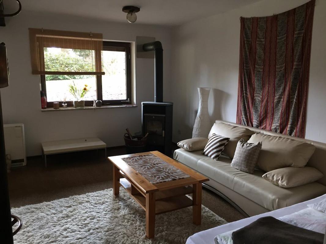 nurdach haus haus fichtelgebirge ferienhaus in nagel mieten. Black Bedroom Furniture Sets. Home Design Ideas