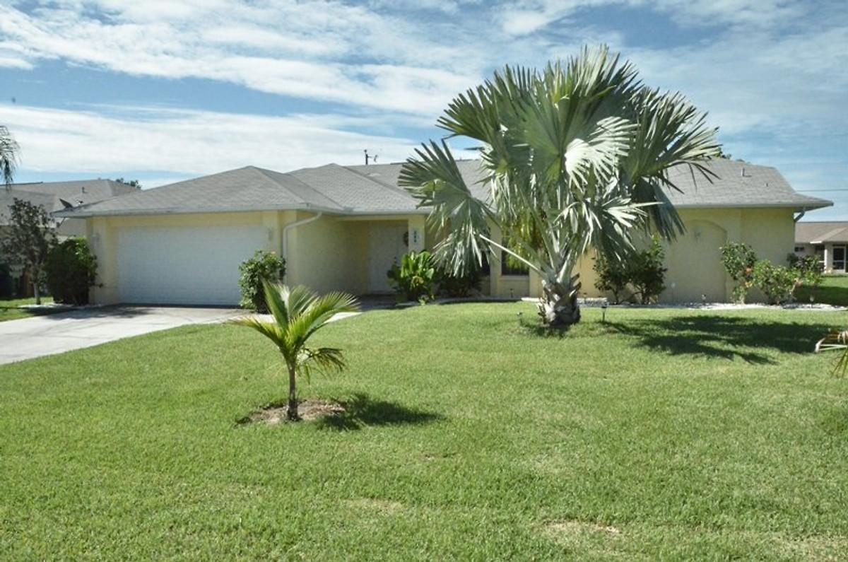 villa sunshine paradies ferienhaus in cape coral mieten. Black Bedroom Furniture Sets. Home Design Ideas