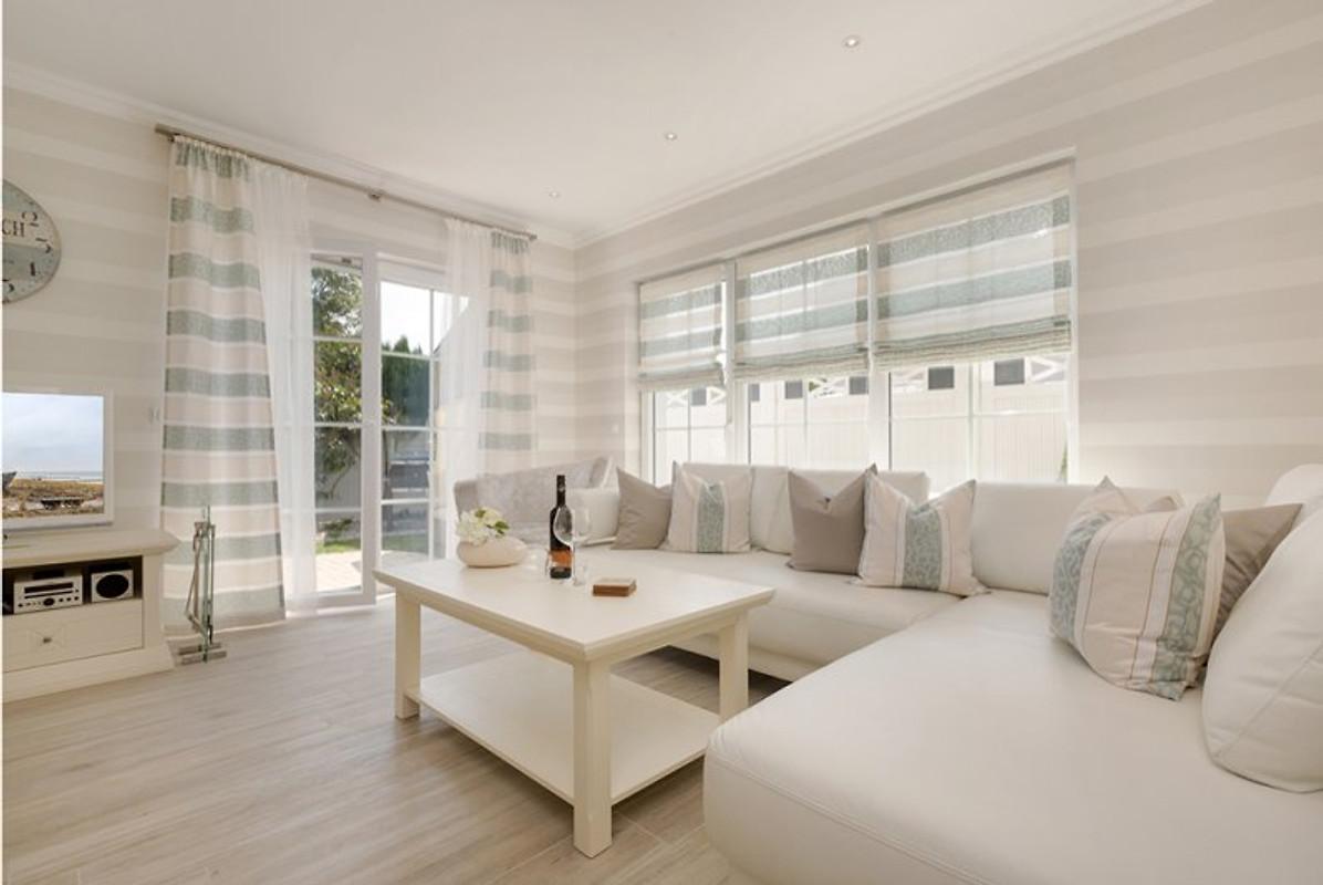 Ferienhaus ostseebrise top lage ferienhaus in zingst for Luxus wohnlandschaft