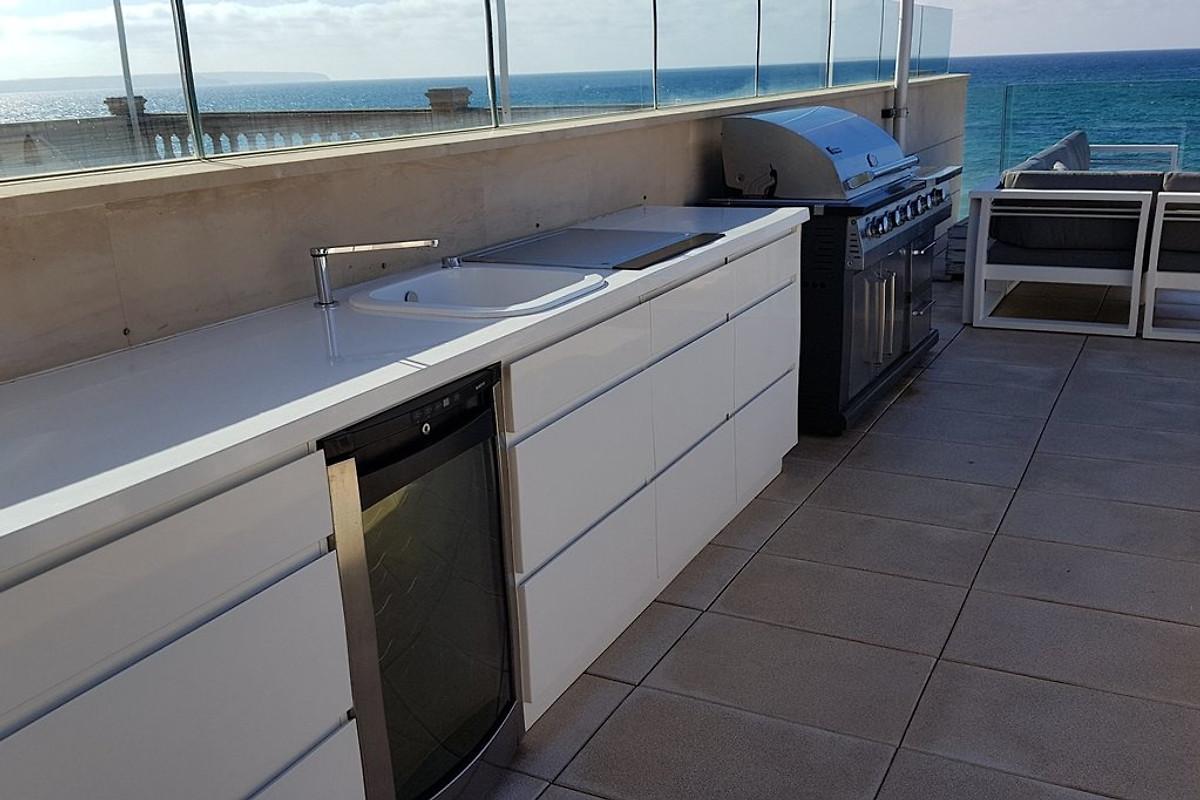 Außenküche Mit Gasgrill : Luxus strandhaus palma bay in palma de mallorca firma