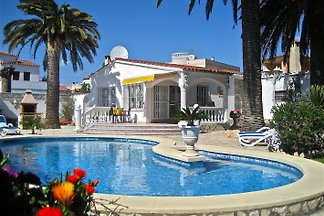 VILLA CARMENCO with private pool
