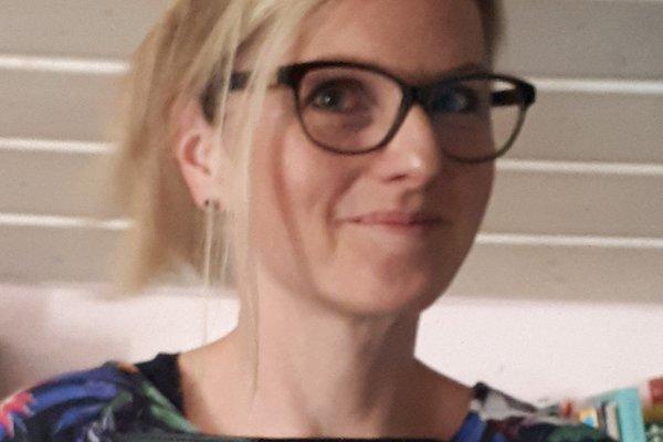 Frau J. Maas