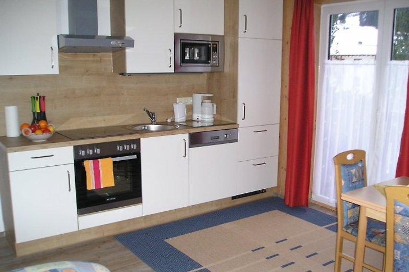 moderne geräumige Wohnküche