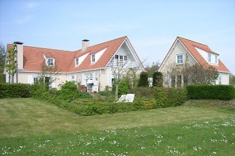 Ferienhaus und Hauptwohnung