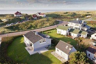Neu in Noordwijk: gemütliches Ferienhaus, nur 100m vom Strand und Meer. In zwei Minuten zum Strand. Direkt an den Dünen. Mit Trampolin für Ihr Kinder!  Der Garten is eingezaünt!