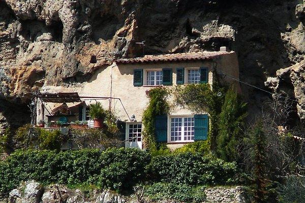Maison troglodita en Cotignac - imágen 1