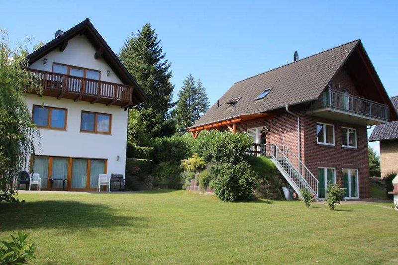 Ihr Ferienhaus für die ganze Familie mit grossem Garten