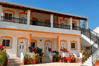 Boarding house romantic holiday Agios Georgios