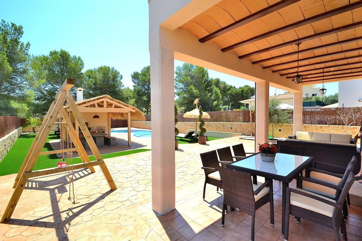 082 son serra villa mallorca ferienhaus in son serra de marina mieten. Black Bedroom Furniture Sets. Home Design Ideas