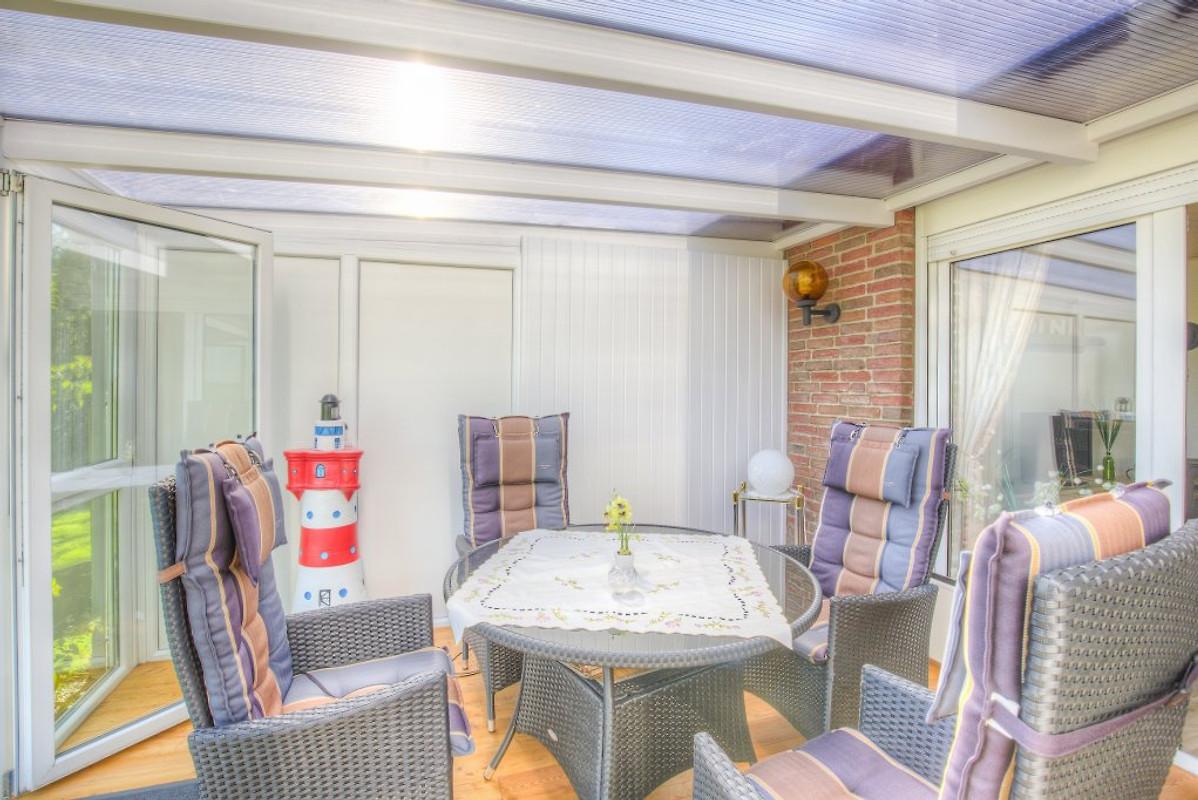 haus feldblick ferienhaus in nordstrand mieten. Black Bedroom Furniture Sets. Home Design Ideas
