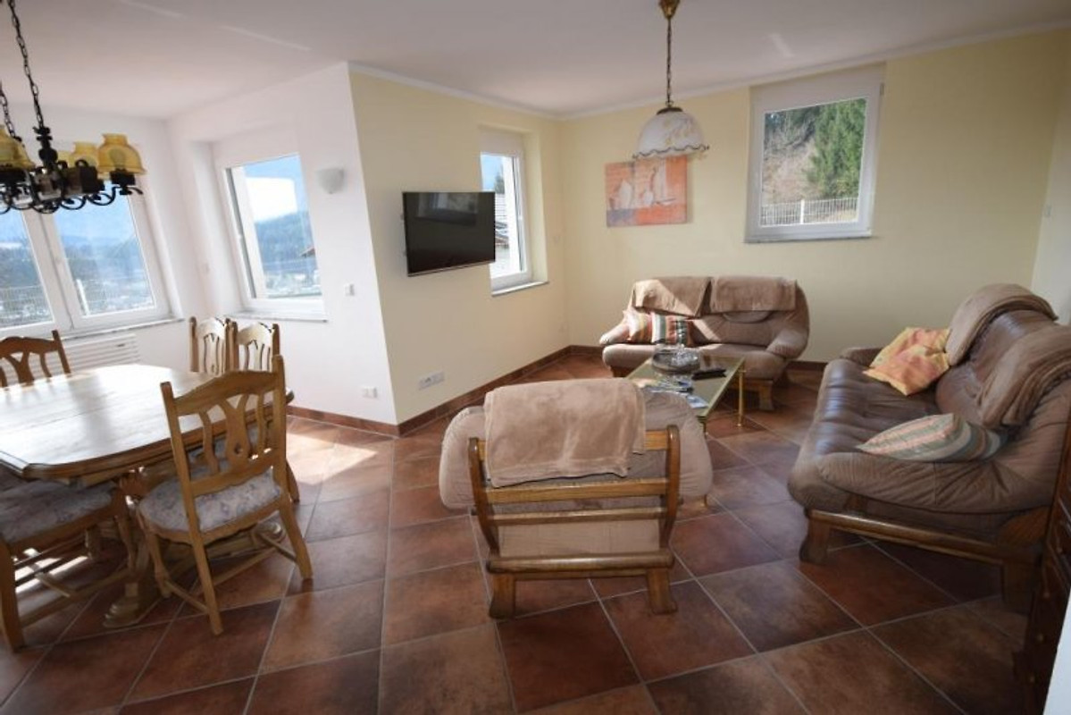 Ferienwohnungen plum im erdgeschoss ferienwohnung in for Wohnzimmer 19 qm