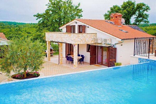 Villa Lara à Karojba - Image 1