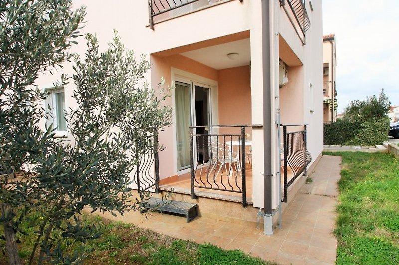 Apartment Mendikovic***