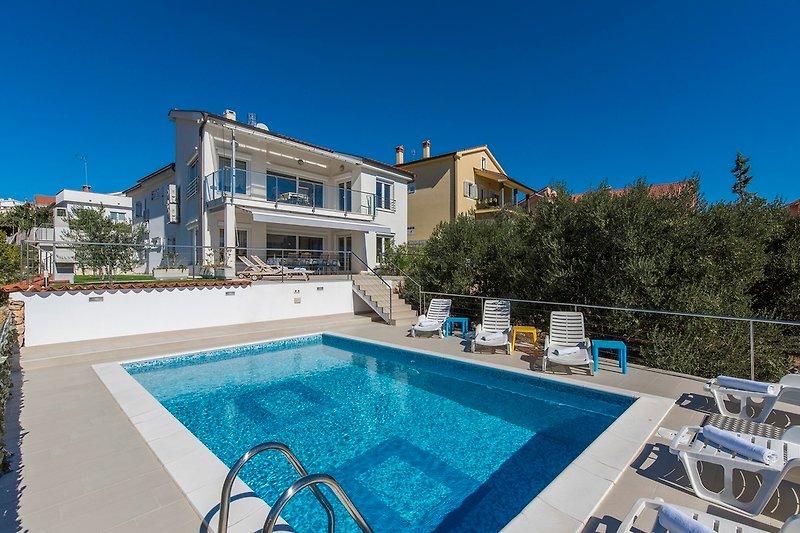 Villa Ira mit Merblick