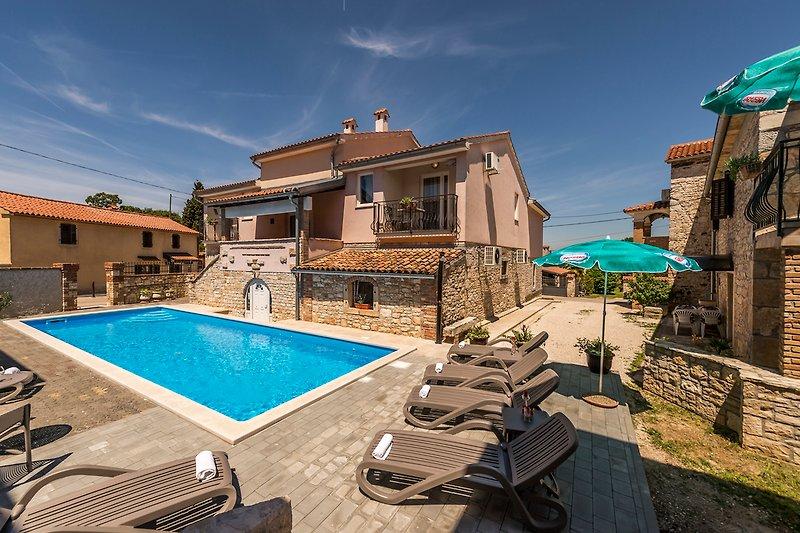 Noemi II mit Pool Istrien, Kroatien