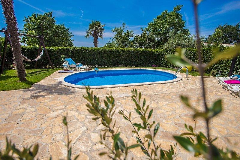 Marinela with Pool