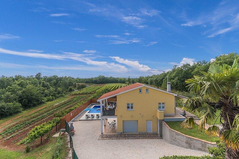 Villa Zupan