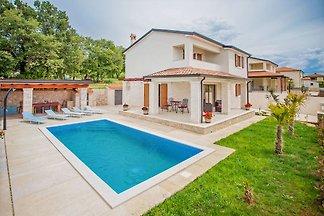 Villa Hope II
