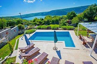 Villa Targeto avec vue sur la mer