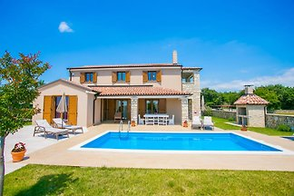 Villa Angelo
