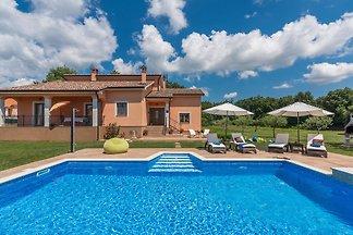 Villa Antonela