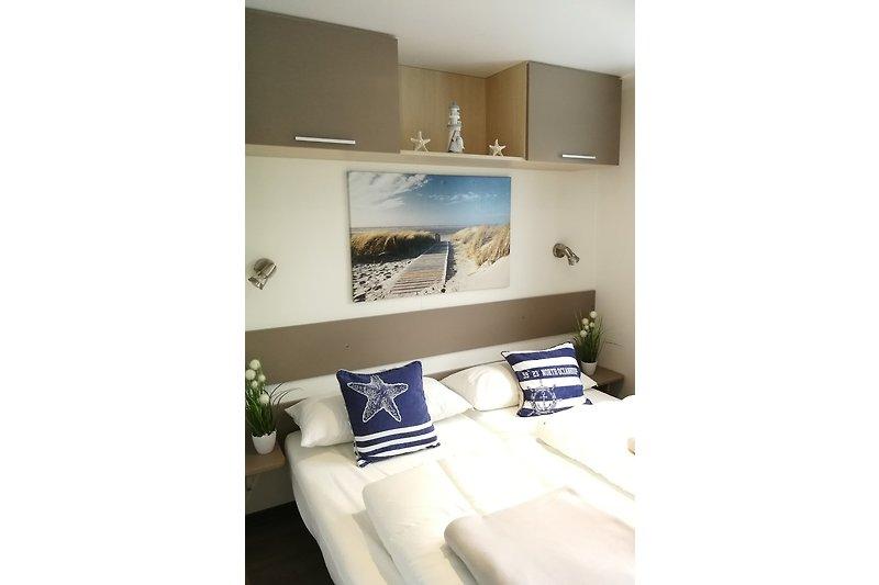 Schlafzimmer Bett 160x200