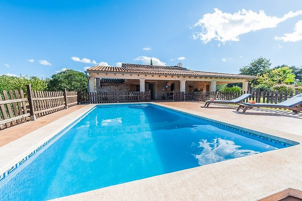 Maison de vacances à Llubi - Image 1