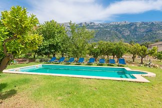 This authentic natural stoned finca located in Soller, in Sierra de Tramuntana, offers a private pool, garden, and wonderful mountain views.