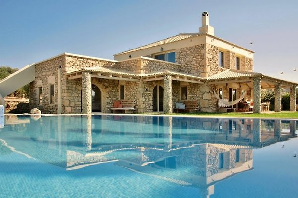 Villa de lujo Armonia, piscina en Pitsidia - imágen 1