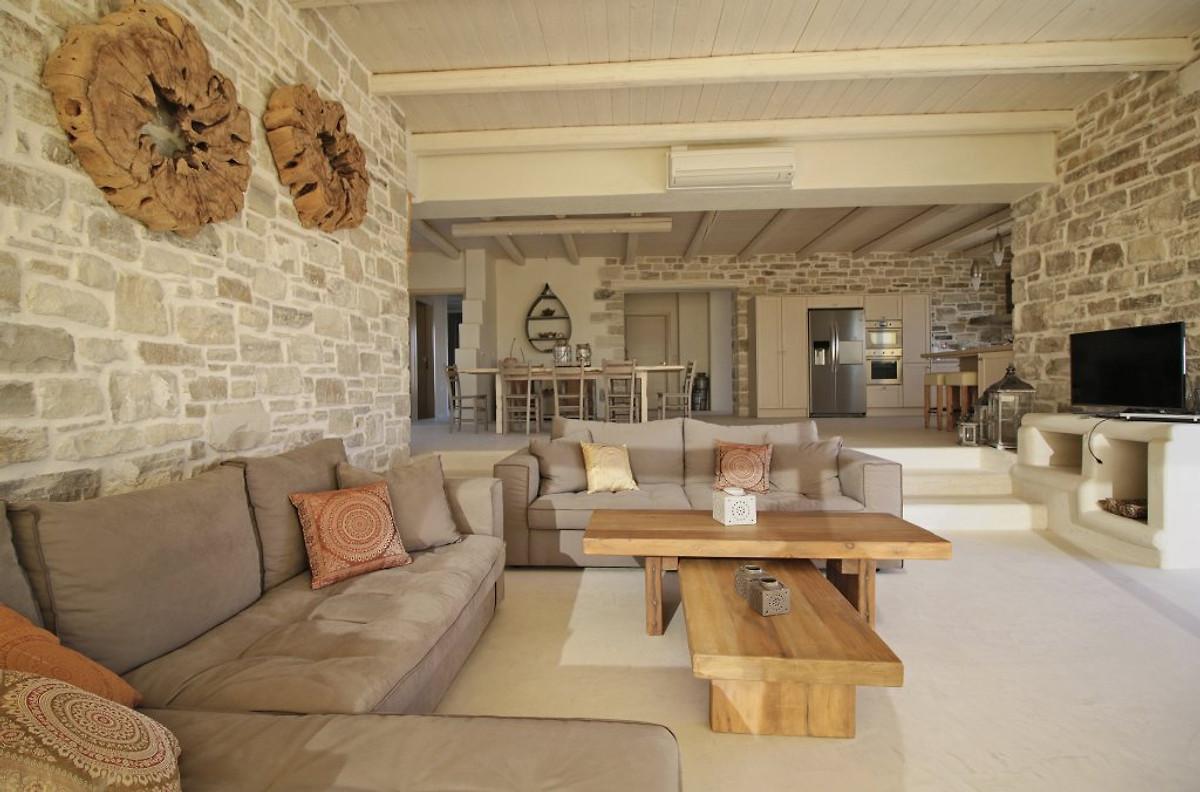 Luxe villa op het strand komos in pitsidia bedrijf cretan villas