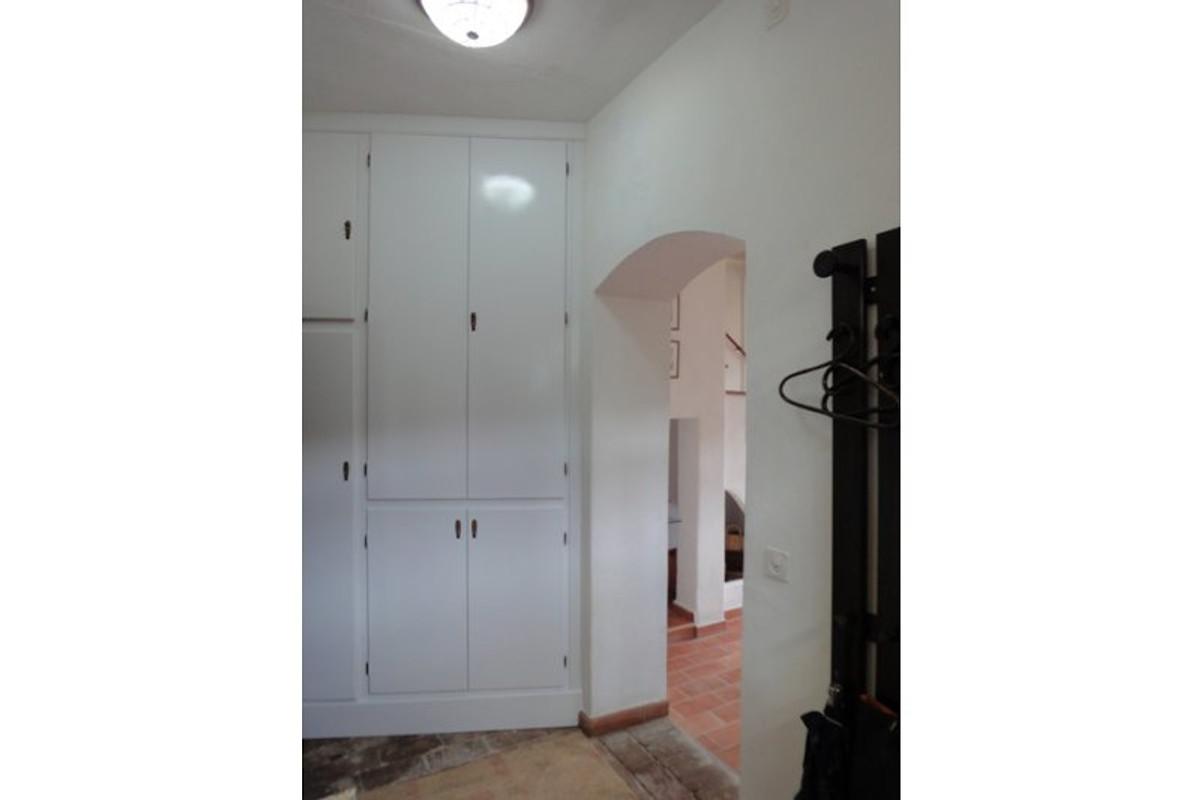 la pergola ferienwohnung in sassetta mieten. Black Bedroom Furniture Sets. Home Design Ideas