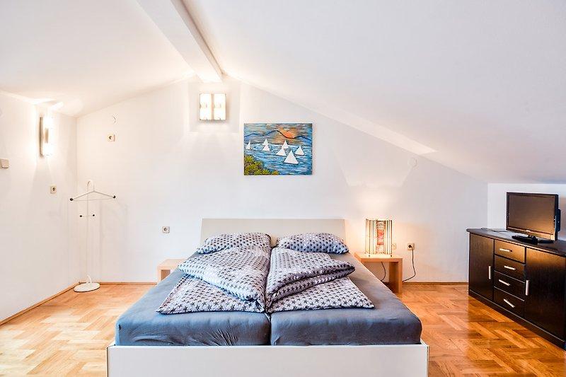 Schlafzimmer Nr.1