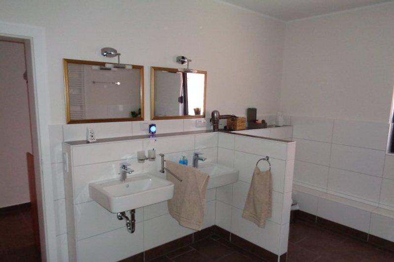 ferienwohnung neu saniert vorharz ferienwohnung in winzenburg mieten. Black Bedroom Furniture Sets. Home Design Ideas