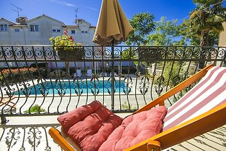 Villa Luka Apartment Red mit Pool