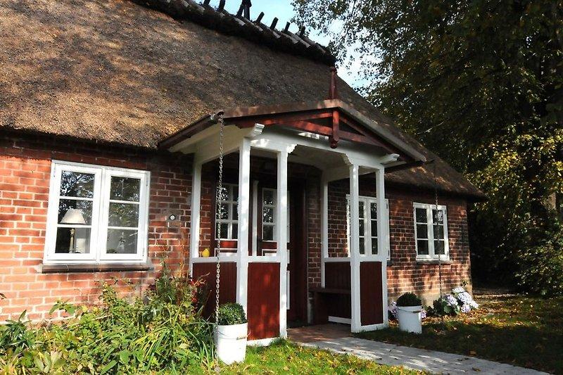 Der Eingangsbereich der kleinen Friesenkate.
