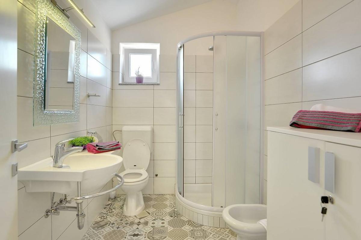 pula 0178 ferienhaus in pula mieten. Black Bedroom Furniture Sets. Home Design Ideas