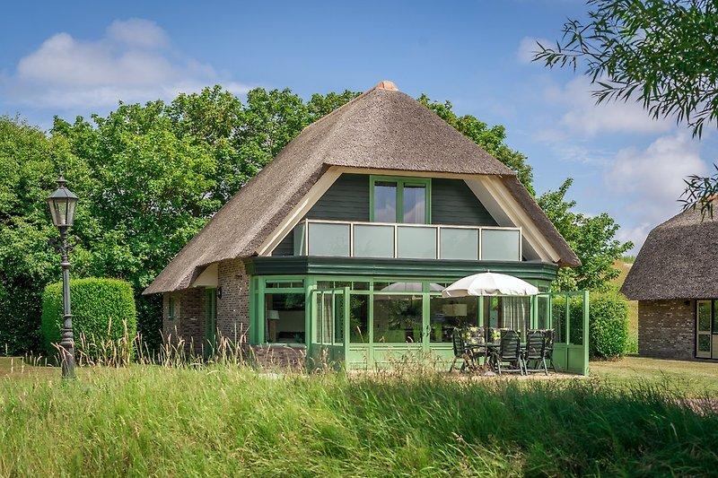 Villa De Witte Hoek 138 mit Wintergarten