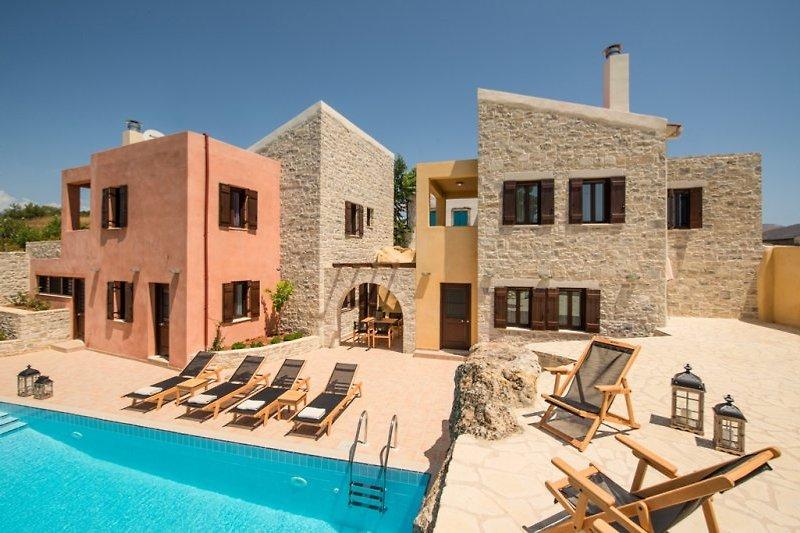 Villa Dafne+Kastalia