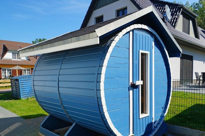 haus kranich ferienhaus in glowe mieten. Black Bedroom Furniture Sets. Home Design Ideas