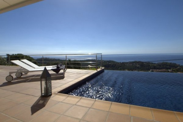 Villa Bella Vista en Lloret de Mar - imágen 1