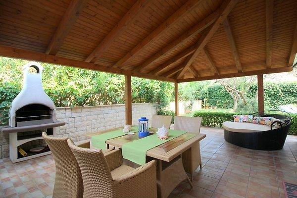 Maison Marea dans un endroit calme à Tar-Vabriga - Image 1