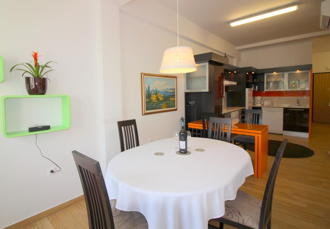 ferienwohnung dolce vita in porec ferienwohnung in pore mieten. Black Bedroom Furniture Sets. Home Design Ideas