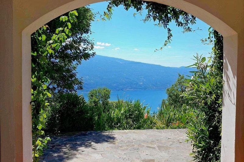 Seeblick von der Terrasse