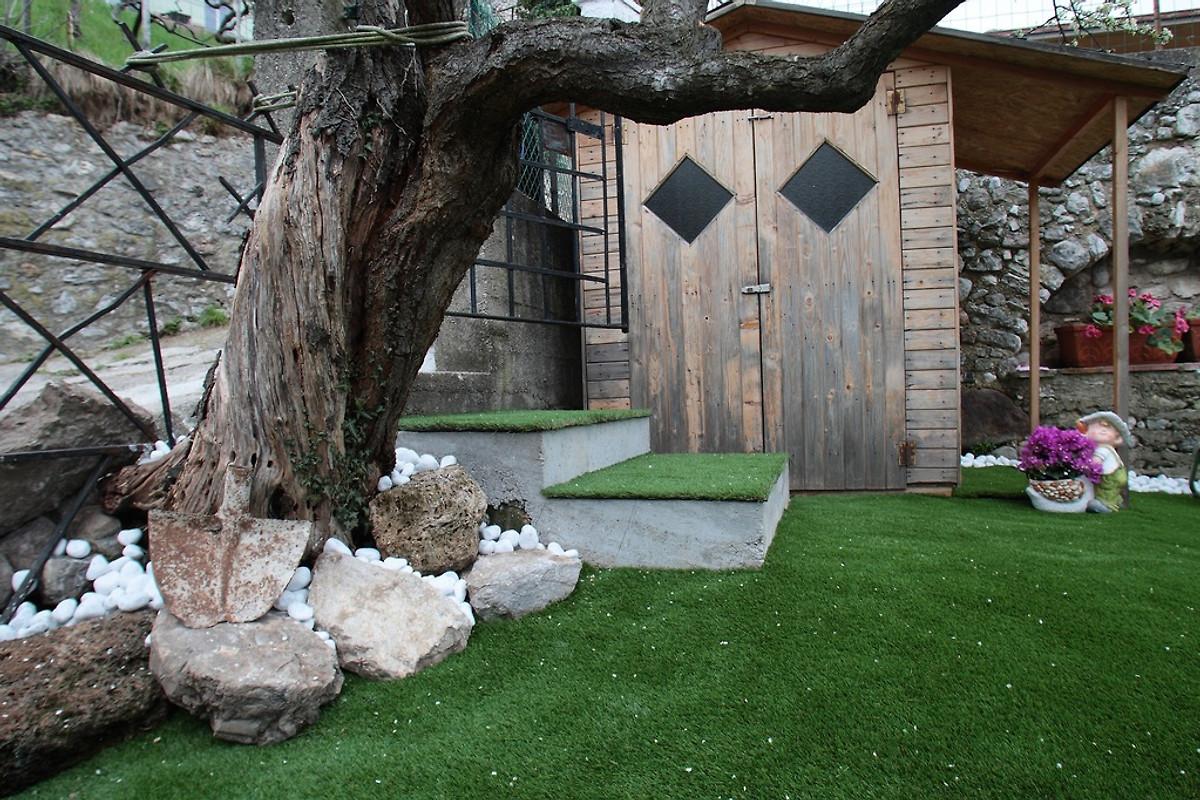 casa montegrappa ferienhaus in tignale mieten. Black Bedroom Furniture Sets. Home Design Ideas