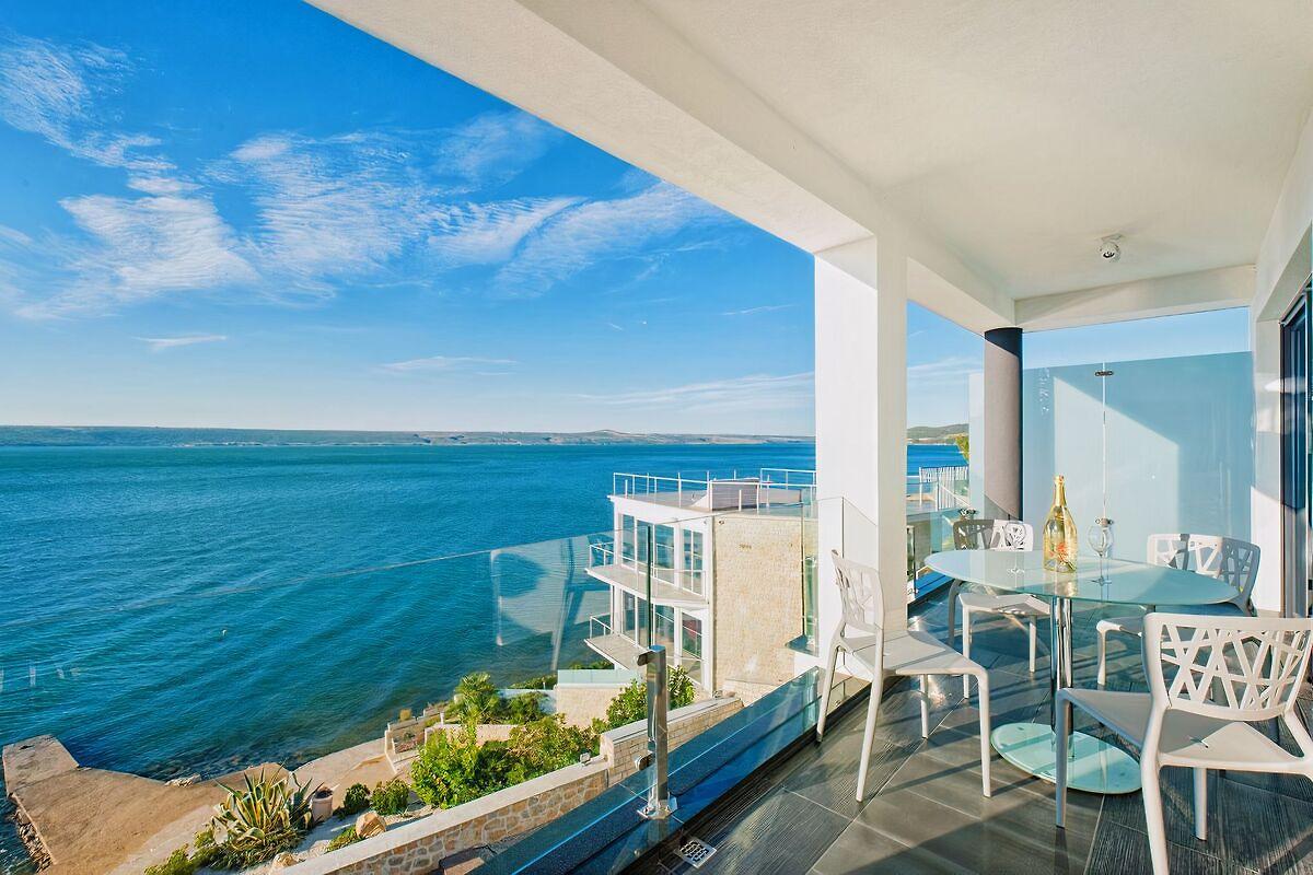 Traumhaus am meer mit pool  Ferienhäuser & Ferienwohnungen mit Pool in Kroatien