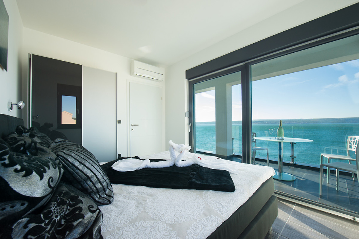 beach resort luxus apartment ferienwohnung in maslenica mieten. Black Bedroom Furniture Sets. Home Design Ideas