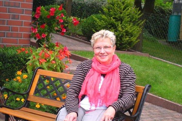 Frau M. Herdlitschke