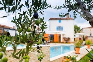 Villa Maxima Agri  privater Pool