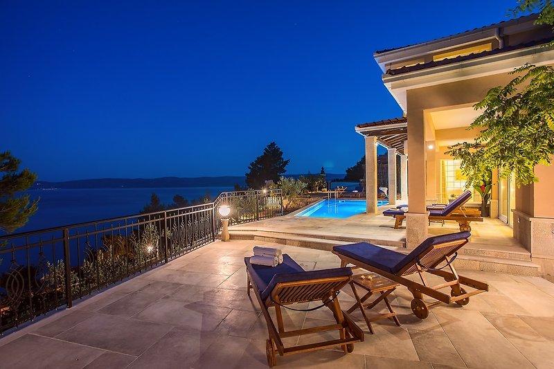 5-Sterne-Villa Porto Mimice mit 40 m² großem Privatpool und 4 Zimmern mit Bad